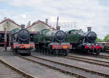 Purchase photo of 6998 BURTON AGNES HALL,  7808 COOKHAM MANOR &  6106 2-6-2T at Didcot
