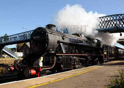 Purchase photo of 44932 Black Five at Hook