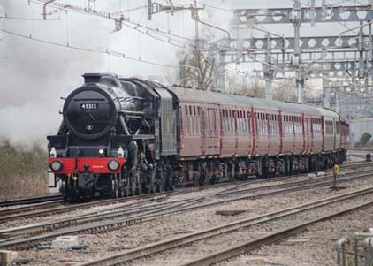 Purchase photo of 45212 Black Five at Tilehurst